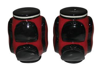 Salt & Pepper shaker golf caddy red